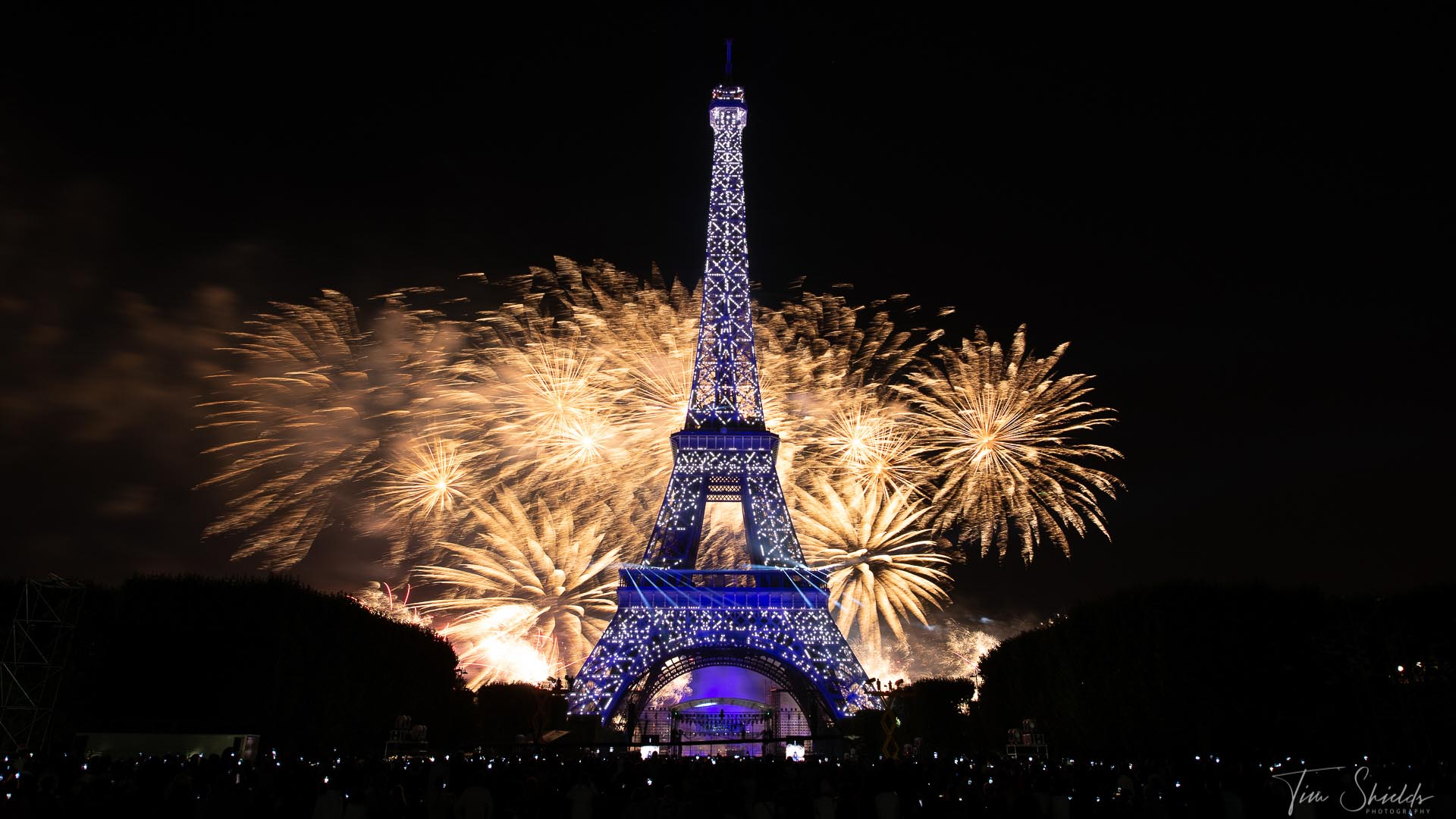 The secret behind stunning fireworks photography